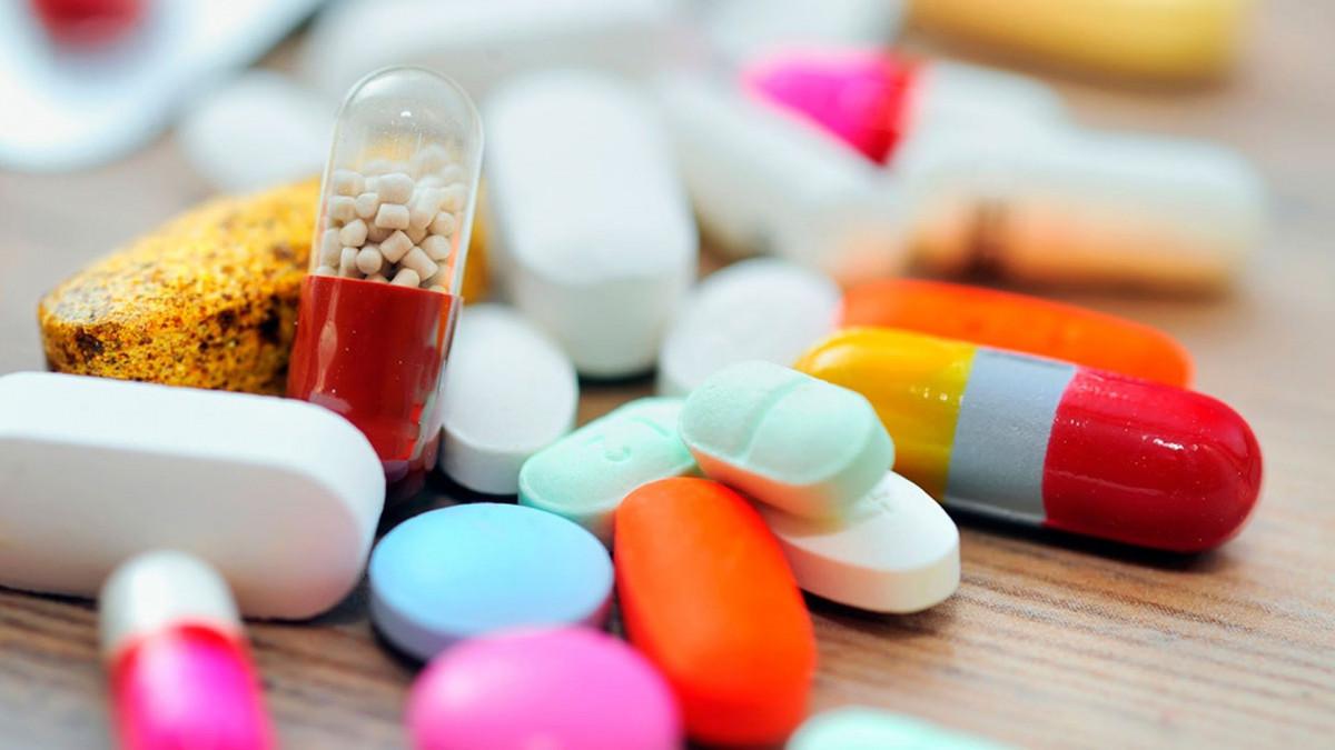В Кузбассе скончалась 2-летняя девочка, наевшись бабушкиных таблеток
