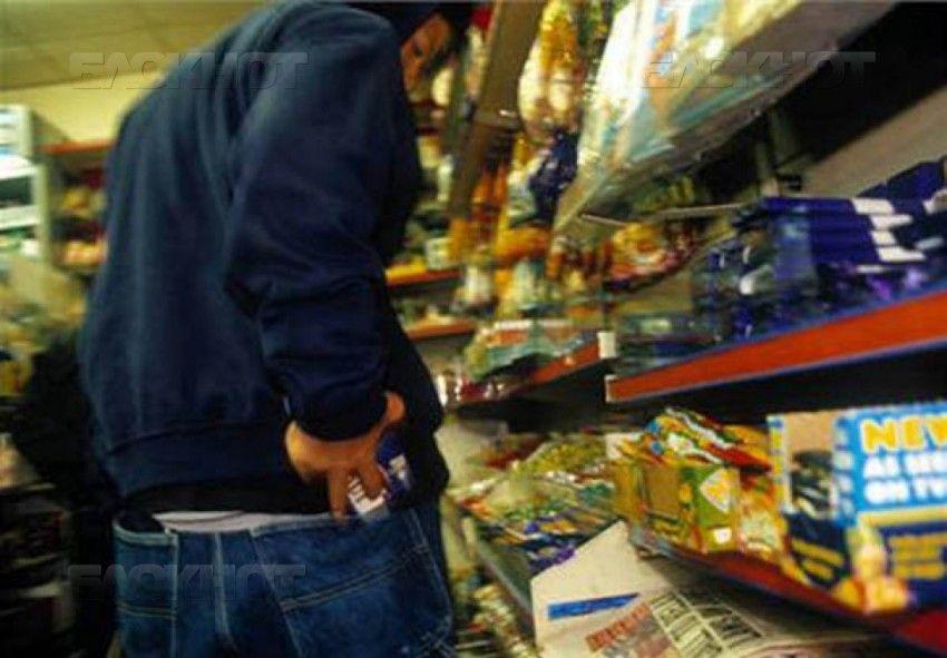 Прокопчанин обворовал магазин на сумму 65 тысяч рублей