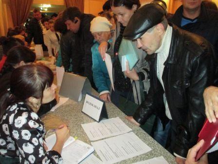 Прокопьевску нужны рабочие руки: горожанам предложили более 500 вакансий
