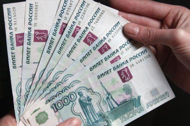 В Госдуме предлагают установить новый размер МРОТ