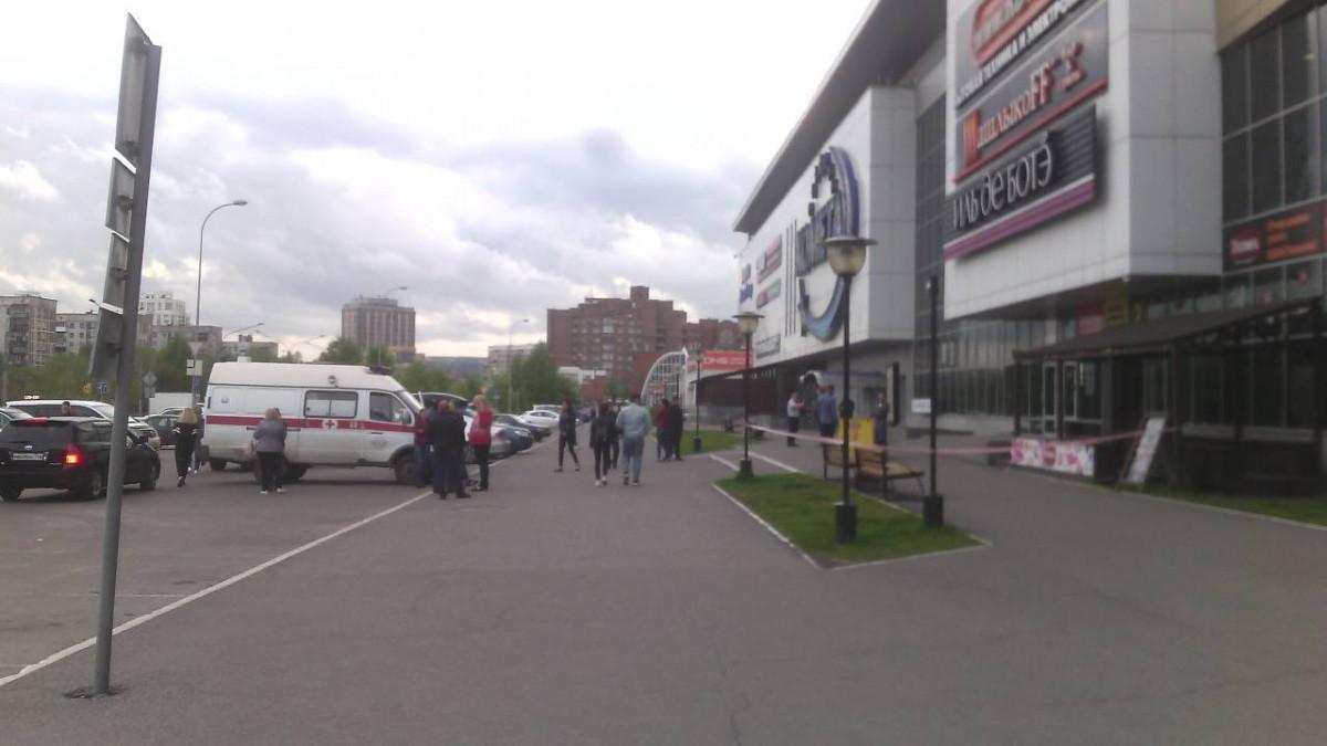 В Новокузнецке эвакуирован ряд торговых центров и вокзалов