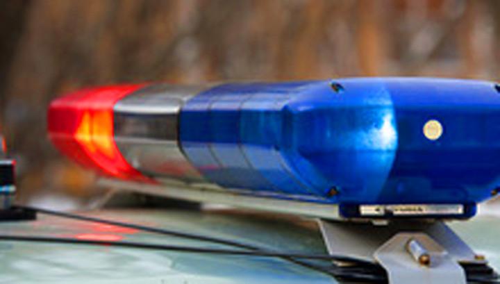 В Кузбассе водитель, уходя от погони, врезался в машину ДПС