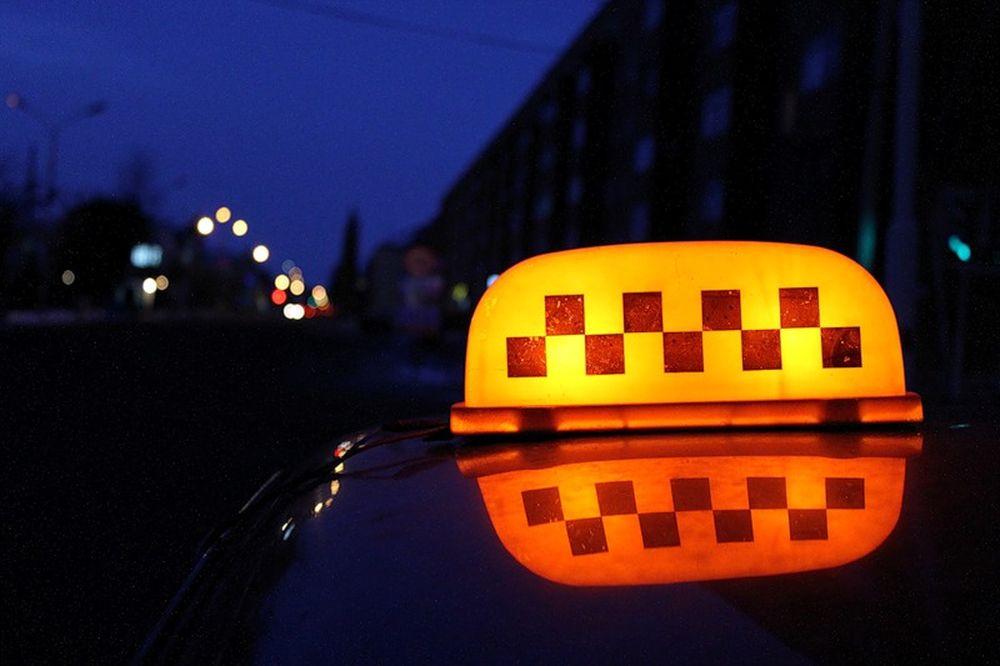 В Кузбассе трое злоумышленников напали на таксиста: расследование преступления завершено