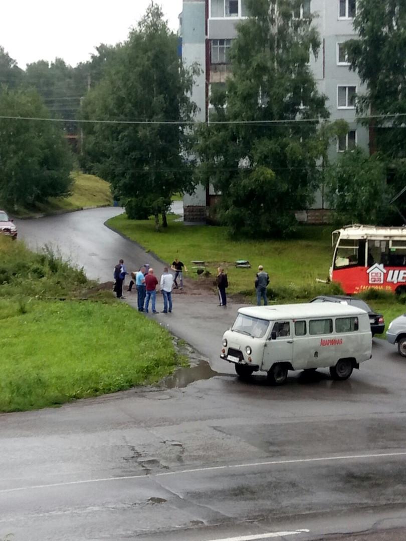 В Прокопьевске трамвай сошел с рельсов