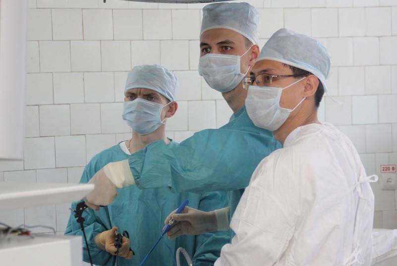 Кузбасские врачи спасли пациентку с редким заболеванием