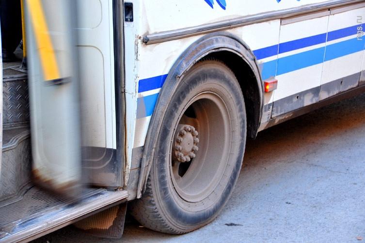 В Кузбассе судебные приставы арестовали пассажирский автобус