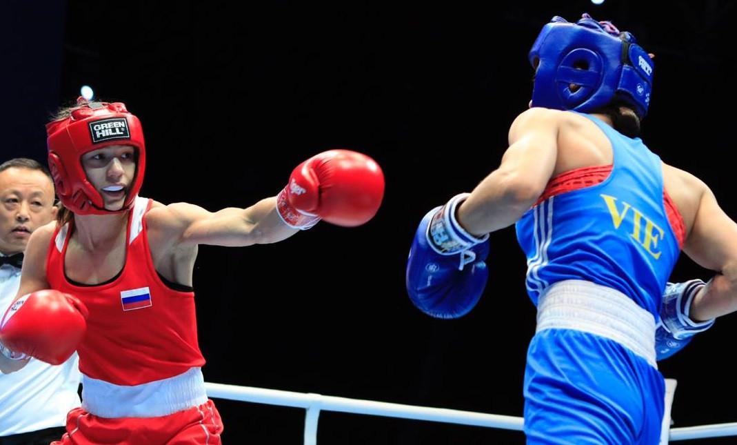 Прокопчанке пришлось дважды биться за одну победу на 1/4 финала Чемпионата Мира по боксу среди женщин