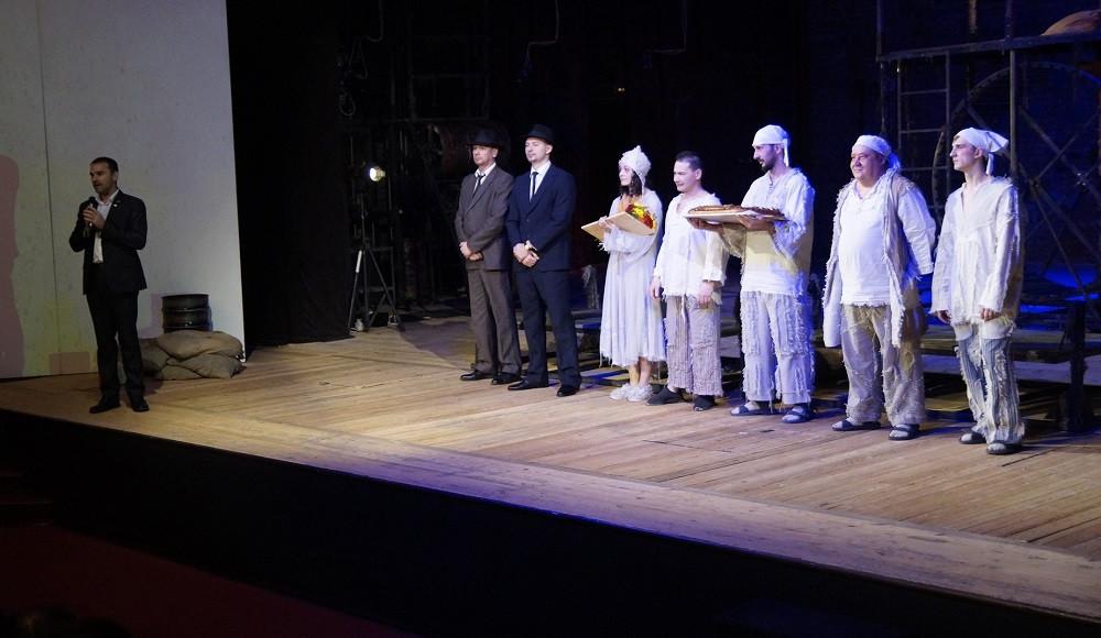 Прокопьевский драмтеатр привез награды с театрального фестиваля