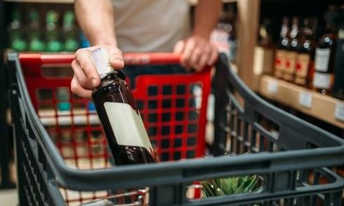 Власти Кузбасса прокомментировали слух о запрете на продажу алкоголя в новогодние праздники