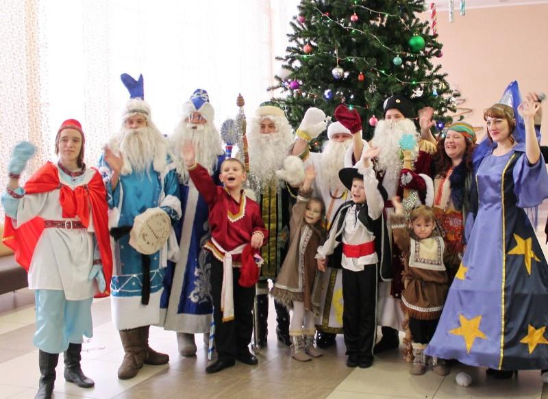 В Анжеро-Судженске, Прокопьевске, Калтане и Тяжинском районе пройдут новогодние Хороводы Дружбы