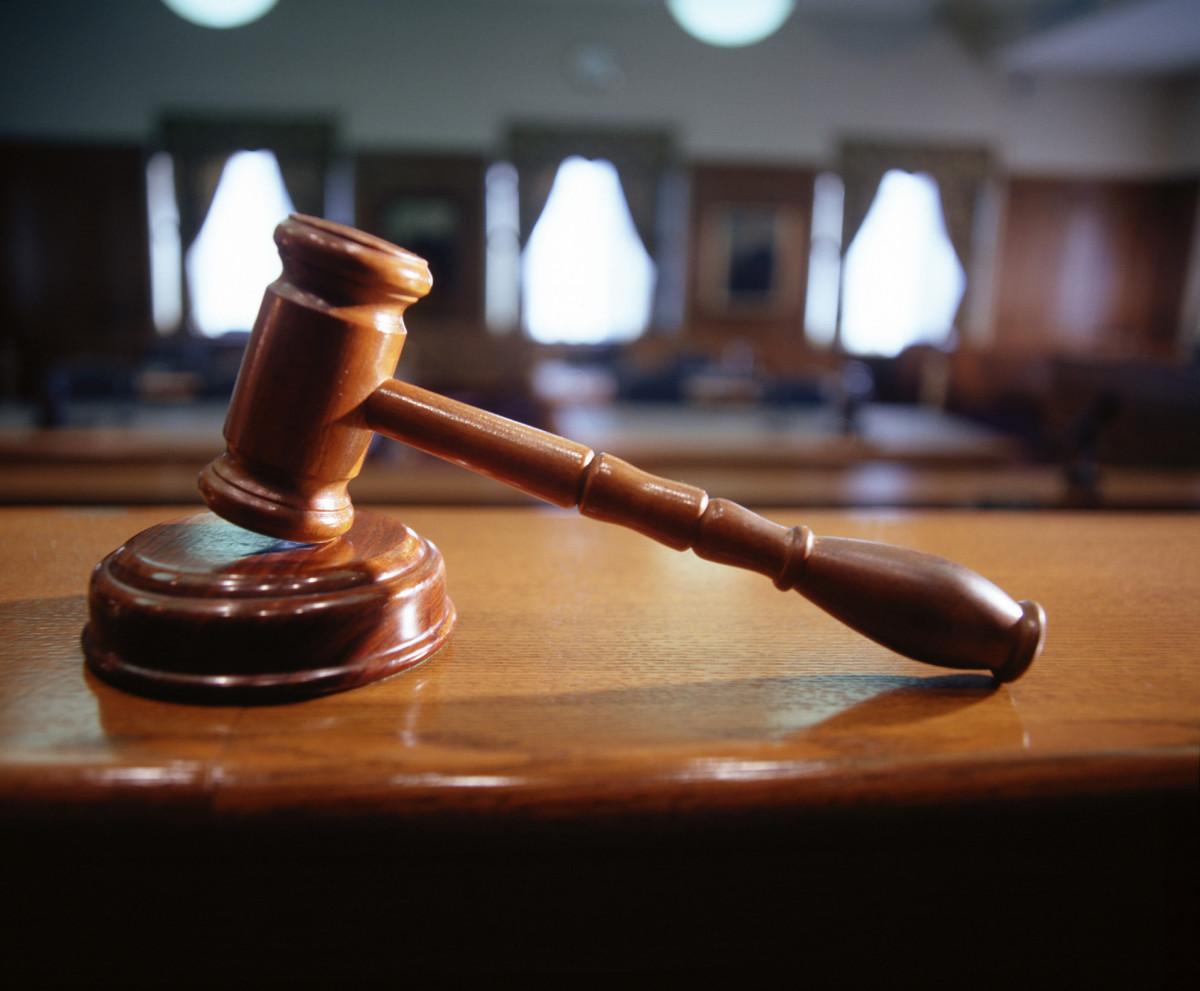 Суд вынес приговор жительнице Кузбасса, которая пыталась дать взятку инспектору ДПС