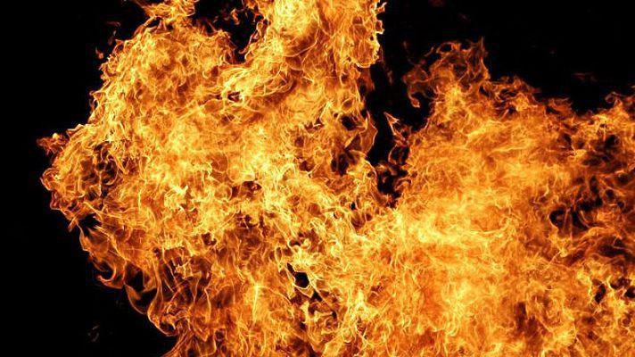 В Прокопьевске загорелся пассажирский автобус