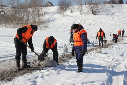 В Кузбассе закрыты первые ледовые переправы