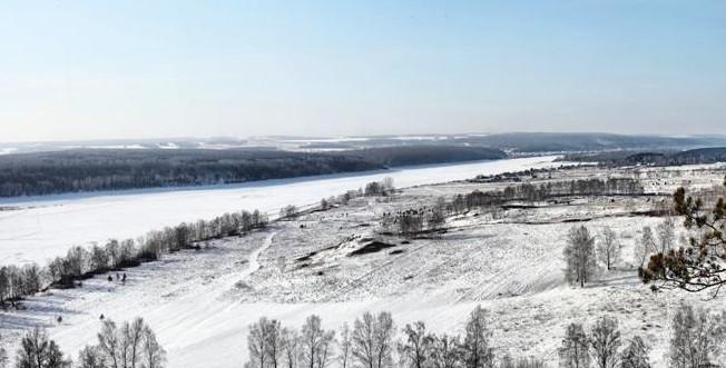 В Кузбассе спасатели сняли со льда 8 человек