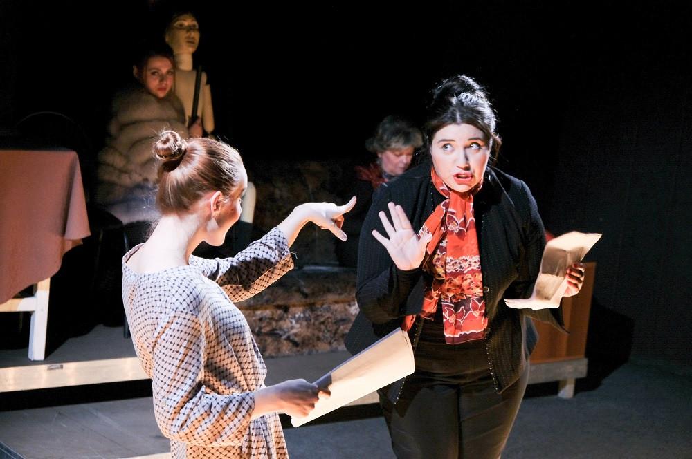 Прокопьевский драмтеатр приглашает на премьеру спектакля «Замыкание»