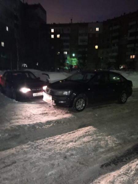 В Кузбассе водителя накажут за неудачную парковку