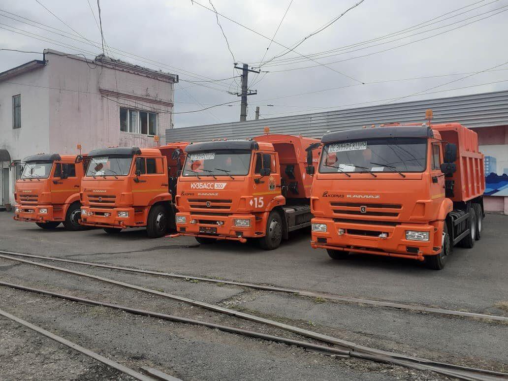 На уборку дорог Прокопьевска выйдет новая спецтехника
