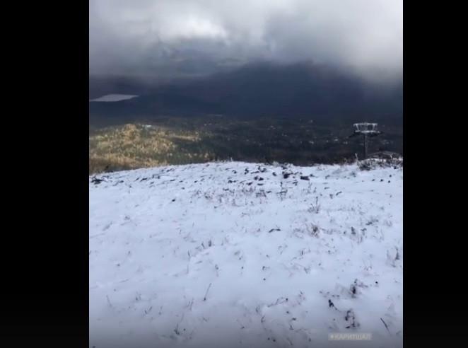 В Шерегеше и в Кемерове выпал снег
