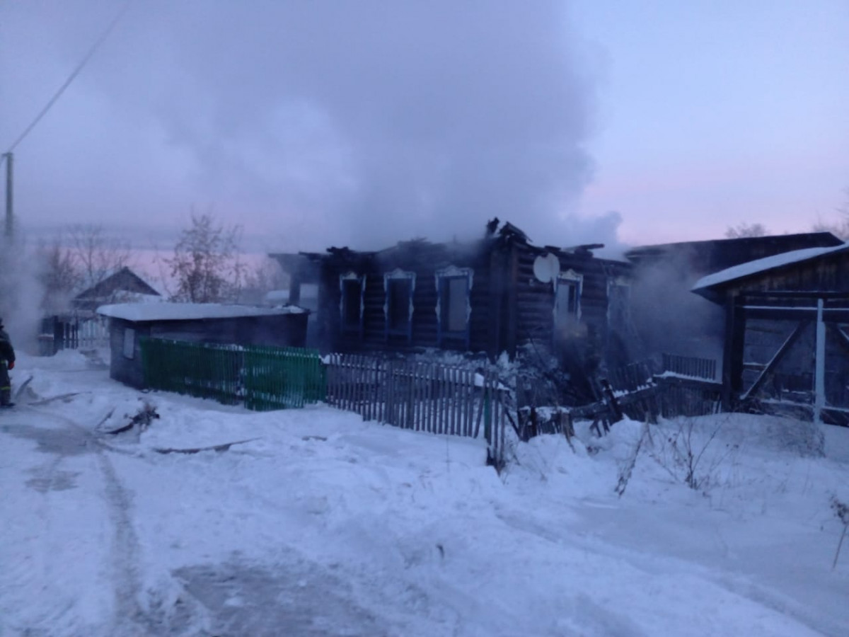 В Кузбассе при пожаре погибли 4 человека
