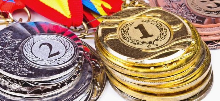 Прокопьевские тайбоксеры завоевали 26 медалей на  чемпионате и первенстве Сибири