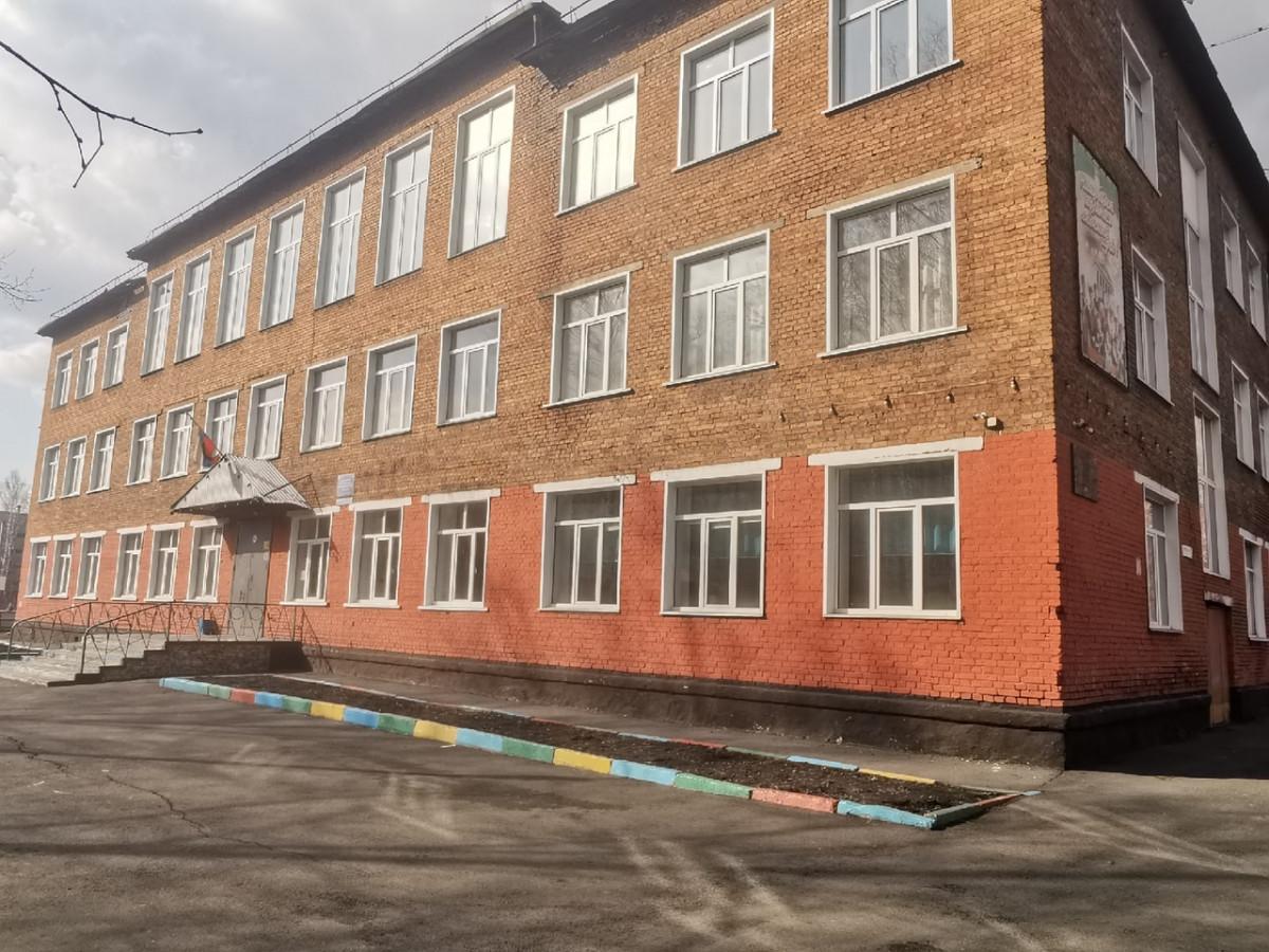 После трагедии в Казани в Кузбассе проверят все школы и ДК