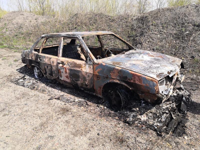 В Прокопьевске пассажиры угнали автомобиль у таксиста