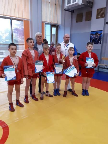 Прокопьевские самбисты успешно выступили на масштабных соревнованиях