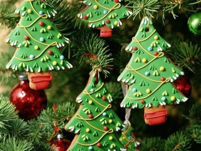 Стало известно, сколько продлятся новогодние каникулы и майские праздники в 2022 году