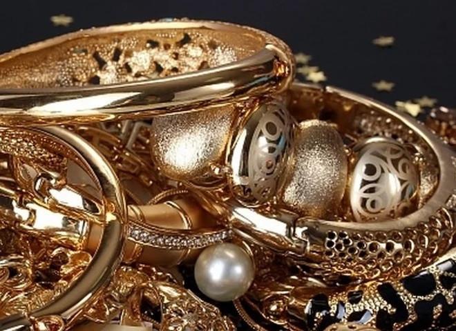 Полицейские Кузбасса раскрыли кражу золотых украшений на сумму более 60 000 рублей
