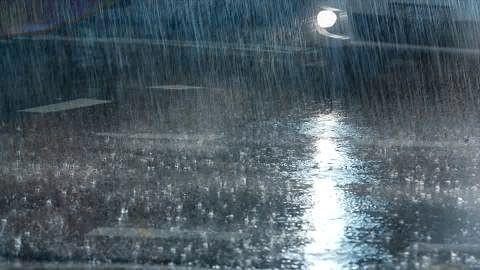 Погода портится: важные советы для водителей и пешеходов