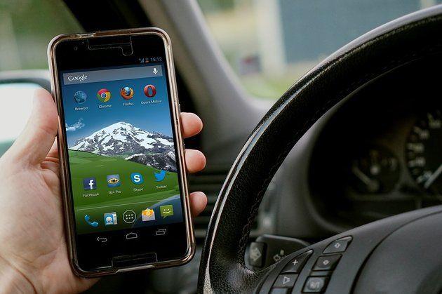 """""""АвтоВАЗ"""" объявил, когда начнет выпуск управляемых со смартфона автомобилей"""