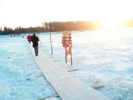 Первые ледовые переправы открыли в Кузбассе