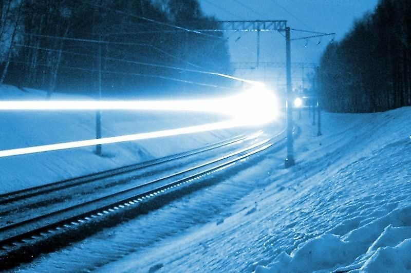 Ночной поход по железной дороге для жительницы Кузбасса едва не завершился переохлаждением
