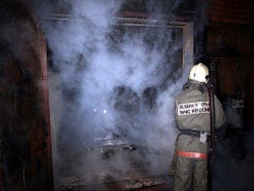 В Прокопьевске при пожаре в частном доме погибла семья