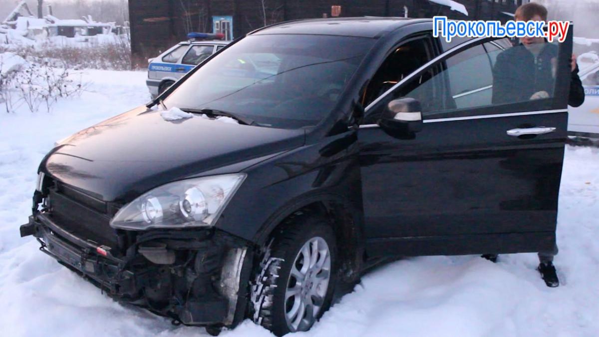 Скрыться не удалось: в Прокопьевске привлечен к ответственности водитель за тонировку окон и маскировку госномера (сюжет)