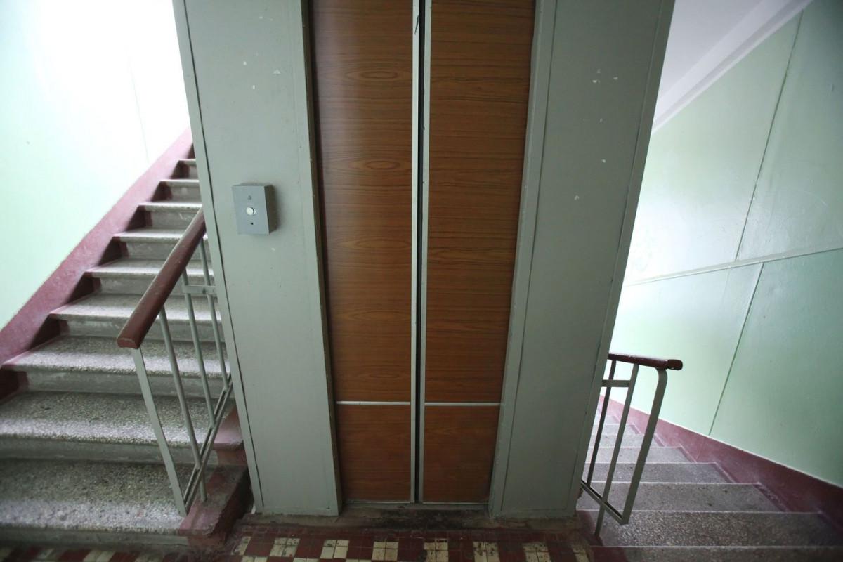 В Кузбассе из многоквартирного дома похищена кабина лифта