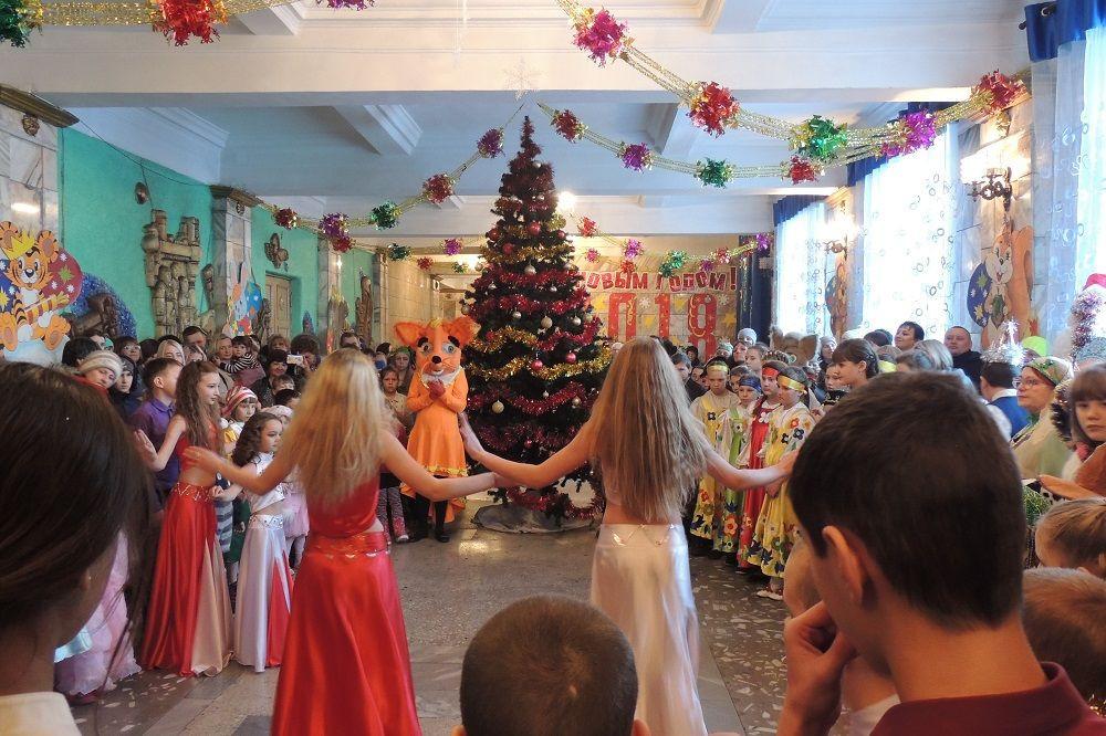 В Прокопьевске состоялась городская национальная новогодняя елка