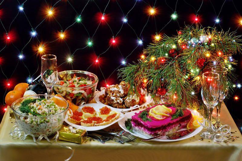 Что россияне готовят на новый год: названы самые популярные блюда