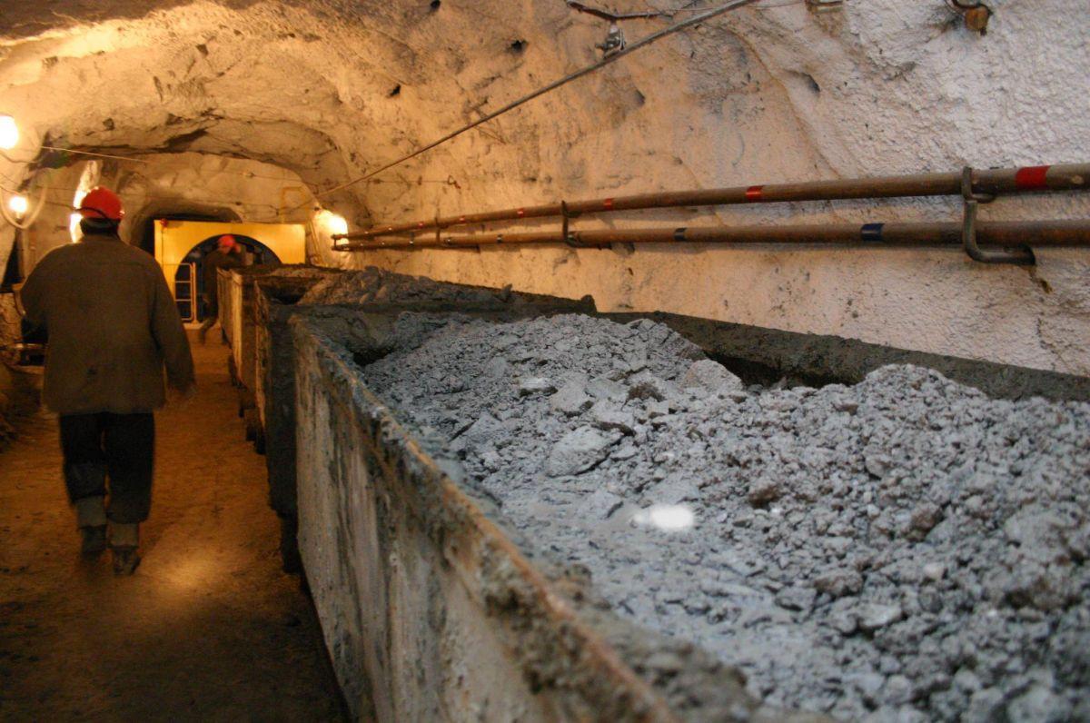 На шахте Кузбасса погиб горняк