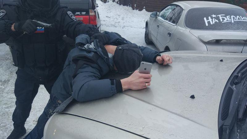 Полиция Прокопьевска пресекла торговлю поддельными полисами ОСАГО (сюжет)