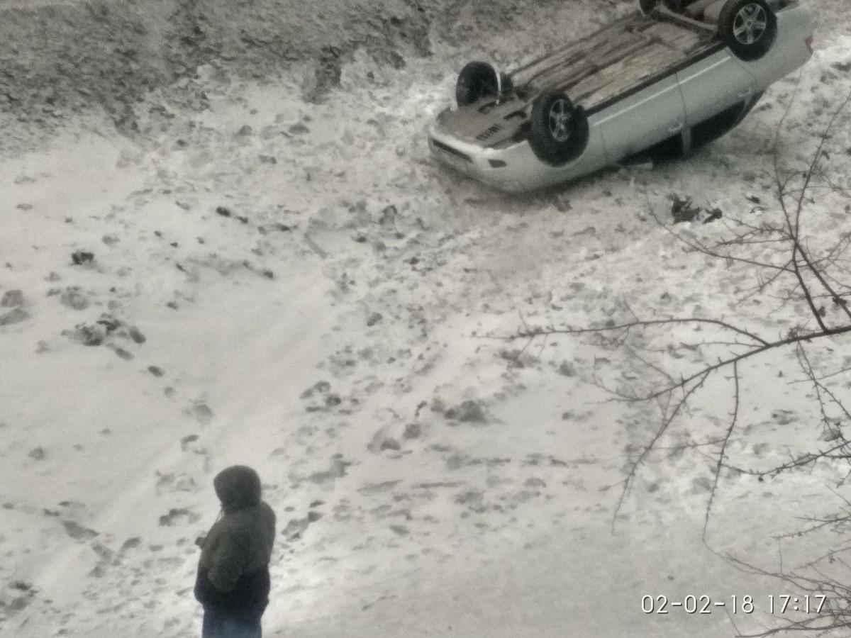 ДТП в Прокопьевске: опрокинулся автомобиль