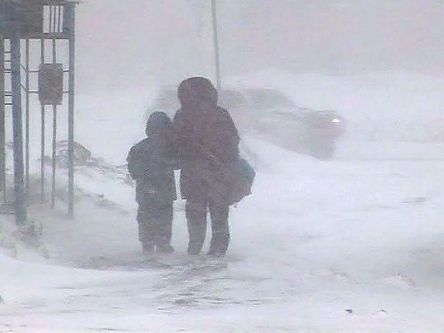 Россиянам разрешили опаздывать на работу при определенных погодных условиях