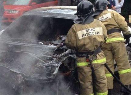 В Кузбассе с начала года произошло возгорание 39 автомобилей: причины и как этого избежать