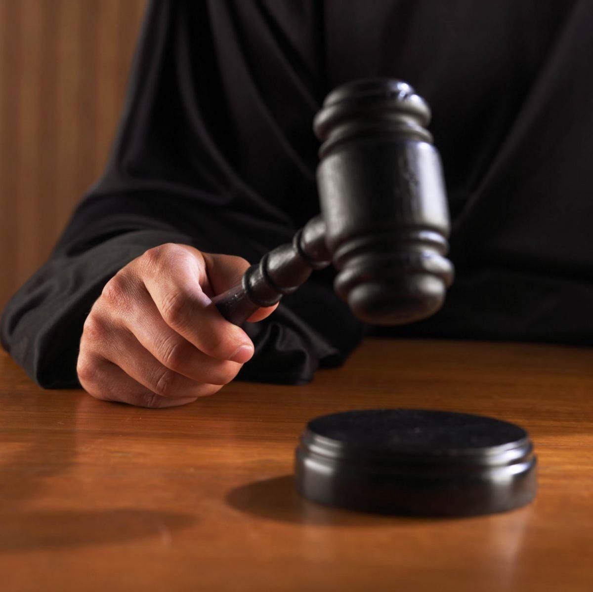 Житель Прокопьевского района приговорен к реальному лишению свободы, за то, что ударил полицейского