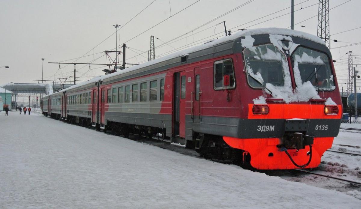 В Кузбассе дополнительно запустят 18 электропоездов