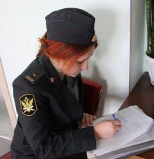 В Кузбассе приставы арестовали удочку рыбака за долг в 200 тыс рублей