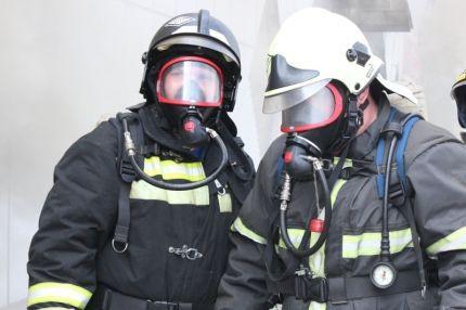 В Кузбассе на трассе произошло возгорание автобуса, перевозившего детей