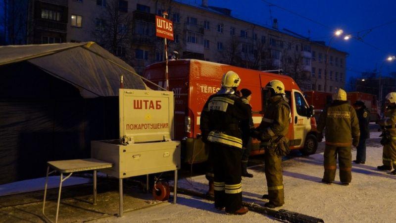 """Областные спасатели рассказали, как начиналась спасательная операция при пожаре в ТРЦ """"Зимняя вишня"""" в Кемерове"""