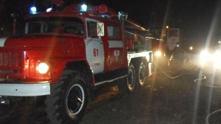 Крупный пожар произошел в магазине игрушек в Тюмени