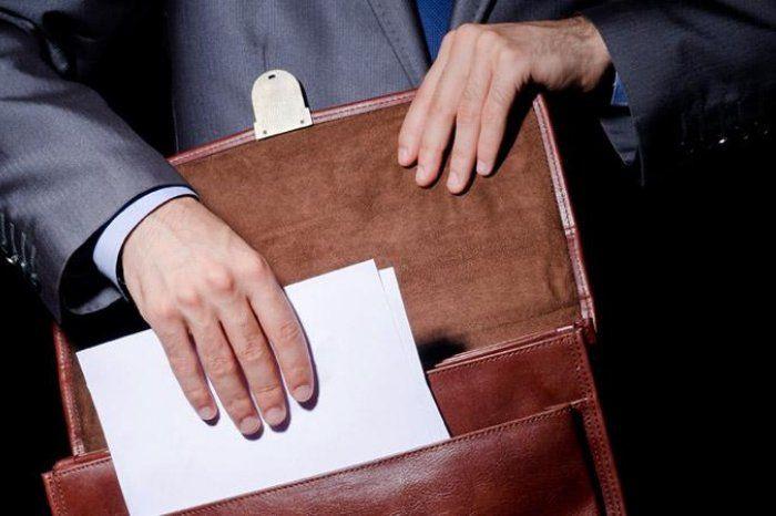 Председатель областного Совета народных депутатов Алексей Синицын написал заявление о досрочном сложении полномочий